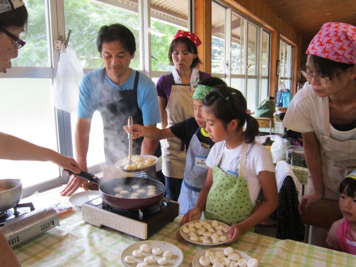 豆腐入り白玉団子は自分でも作れるようになったわ! 手作りのお団子は最高においしい!