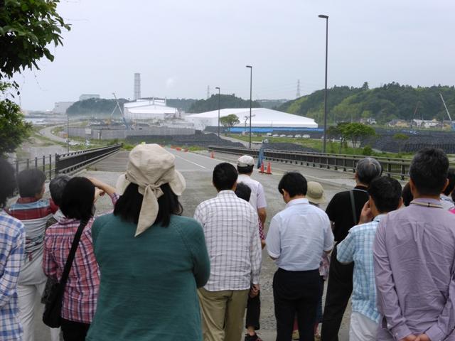 子安橋(富岡町)から望む「福島第二原子力発電所」 これより先は立ち入り禁止となっていました