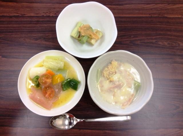 左から長ネギのマリネ、焼ネギ、グラタンを料理しました(2月16日 コープ桶川店)