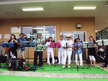 民族音楽演奏の写真